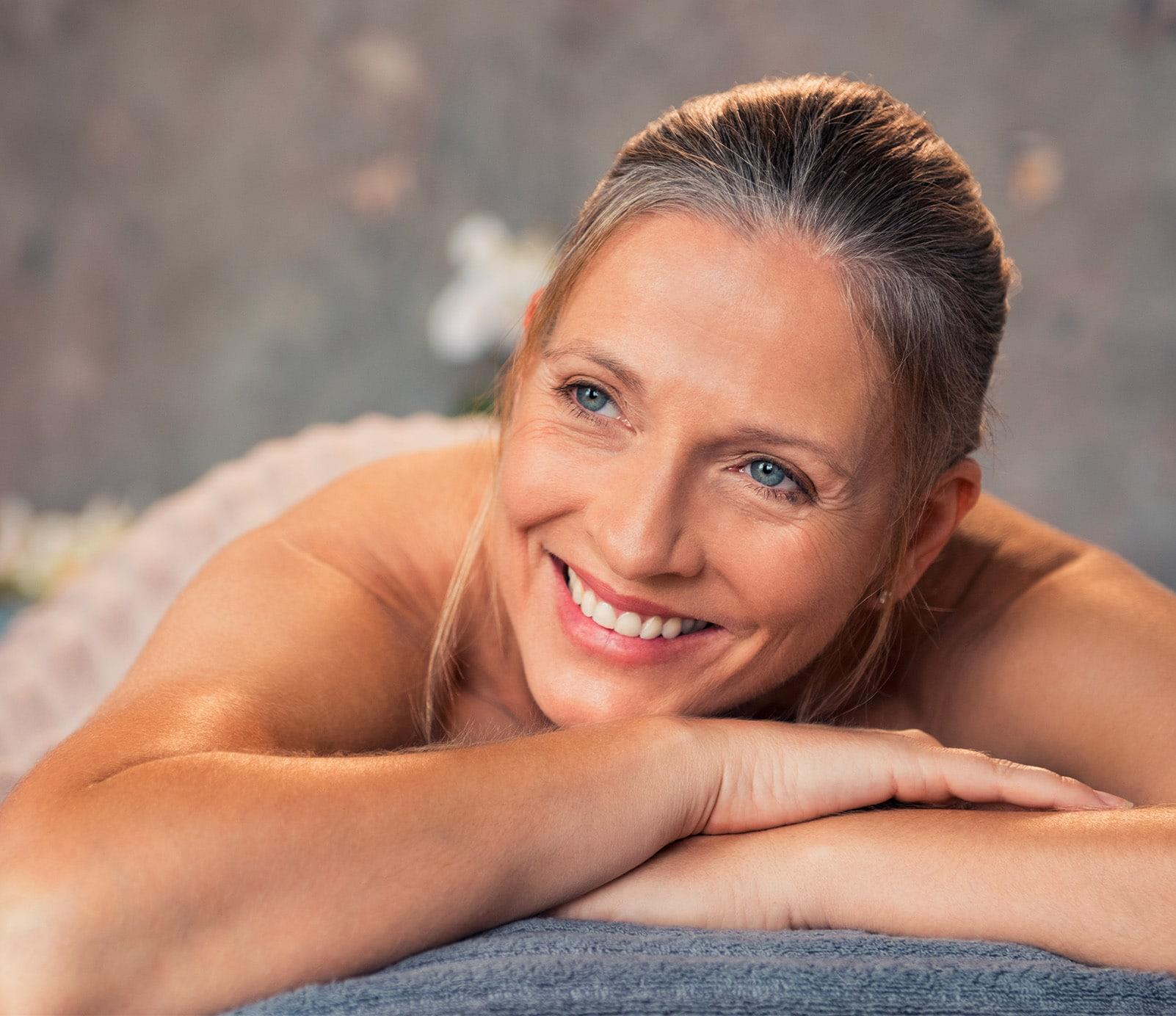 Rituel jeunesse : Massage anti-âge | découvrez le prix de cette technique à Paris | BCBG